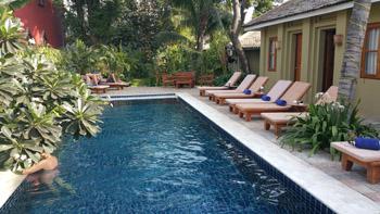 Oasis hotel bagan nyaung oo birmanie myanmar for Piscine quartier chine