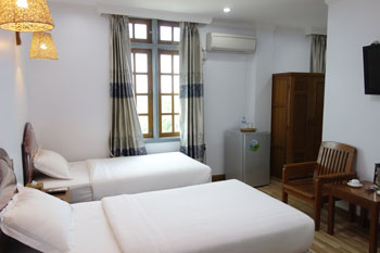 superior room chindwin hotel monywa myanmar