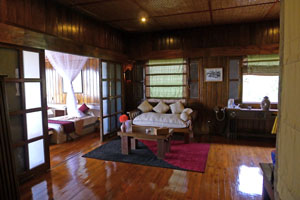 saloon inle resort royal villa